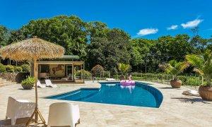 PT's - Resort Style Luxury - Pool Area