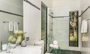 Cheralee - Bathroom