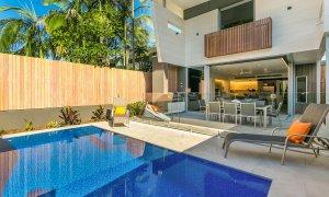 KoKo's Beach House 2 - Pool Area
