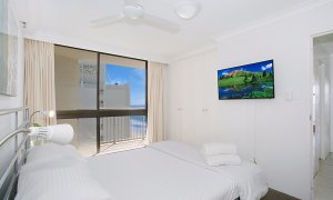 Imperial Surf - Gold Coast - Main Bedroom