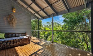 Jannah - Lennox Head - Daybed on Deck with view