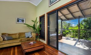 Jannah - Lennox Head - Lounge to deck