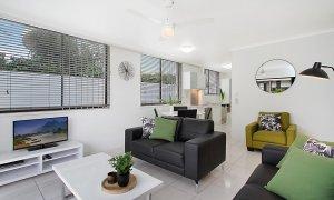 Jansea - Gold Coast - Living Area b