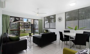 Jansea - Gold Coast - Living Area
