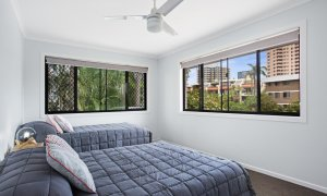 Jo's by the sea - Broadbeach - Bedroom 2