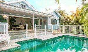 Kia Ora - Byron Bay - House and pool