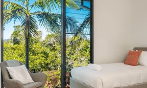Kiah Beachside - Belongil Beach - Byron Bay - upstairs mezzanine twin bedroom