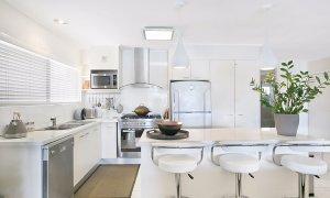 La Casetta - Broadbeach - Kitchen