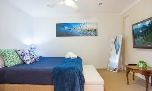 La Vida - Broadbeach Waters - Bedroom 2