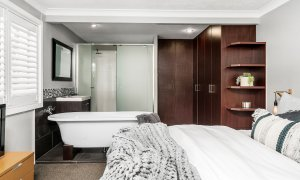 Lazy Dayz - Surfers Paradise - Bedroom 1b