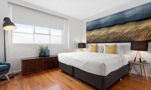 Manallack Studio Olley - Brunswick - King/twin single bedroom