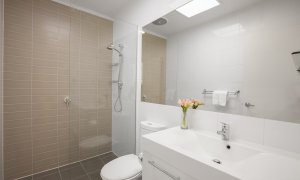 Melrose Terrace - North Melbourne - Bathroom