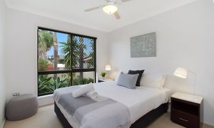 Mermaid Oasis - Mermaid Beach - Gold Coast - Bedroom 1
