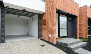 Murrumbeena Place 2 - Murrumbeena - Entrance and Garage