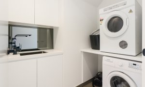 Murrumbeena Place 2 - Murrumbeena - Laundry Area