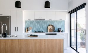 Ocean Castaway - Casuarina - Kitchen Light