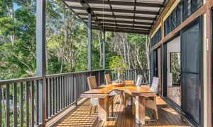 Ourmuli Cabin - Byron Bay - Outdoor Setting