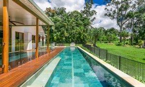 Paradise - Swimming Pool