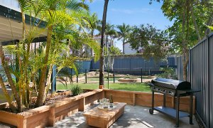 Petrel By The Sea - Nobby's Beach - Outdoor entertainment area