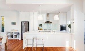 Queen Adelaide - Blairgowrie - Kitchen