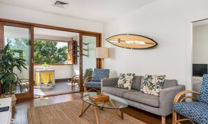 Quiksilver Apartments - The Wreck - comfortable lounge