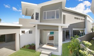 Ray Of Sunshine - Broadbeach Waters - View of house
