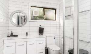 River Links - Lennox Head - Main Bathroom