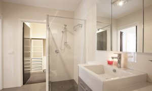 Roxys Place - Prahran - Bathroom b