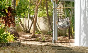 San Juan - Byron Bay - Back Entrance and Hanging Chair