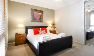Sandy Side 3 - Sandringham - Master Bedroom b