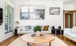 Shore Beats Work - Byron Bay - Living Room e