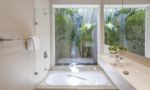 South Yarra Lane - South Yarra - Ensuite Bathroom c