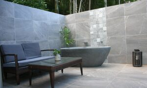 The Luxury Eco Rainforest Retreat - Currumbin Valley - Outdoor Area with spa bath