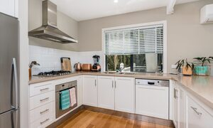The Palms at Byron - Wategos Beach - Byron Bay - Kitchen