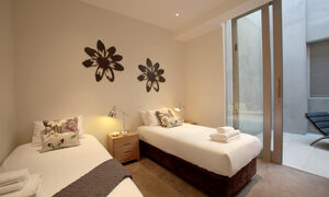 The Residence - Brighton - Twin Room