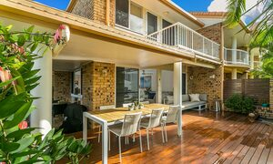 Tradewinds 4 - Clarkes Beach - Deck b