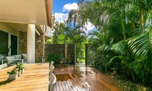 Tradewinds 4 - Clarkes Beach - Deck c