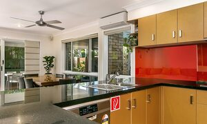Tradewinds 4 - Clarkes Beach - Kitchen