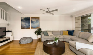 Tradewinds 4 - Clarkes Beach - Living c