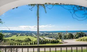 Villa St Helena - Byron Bay - Balcony View From Upstairs b