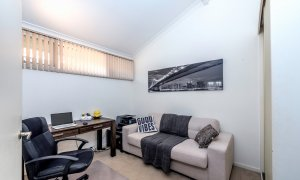 Villa on the Boulevard - Hooker Boulevard, Broadbeach - Bedroom 3 and Office