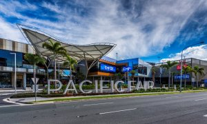 Villa on the Boulevard - Hooker Boulevard, Broadbeach - Opposite Pacific Fair