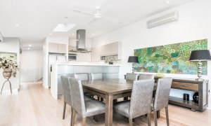 Vue From Here - Byron Bay - Dining To Kitchen b