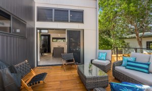 Wollumbin Haus - Byron Bay - Outdoor entertainment and BBQ area