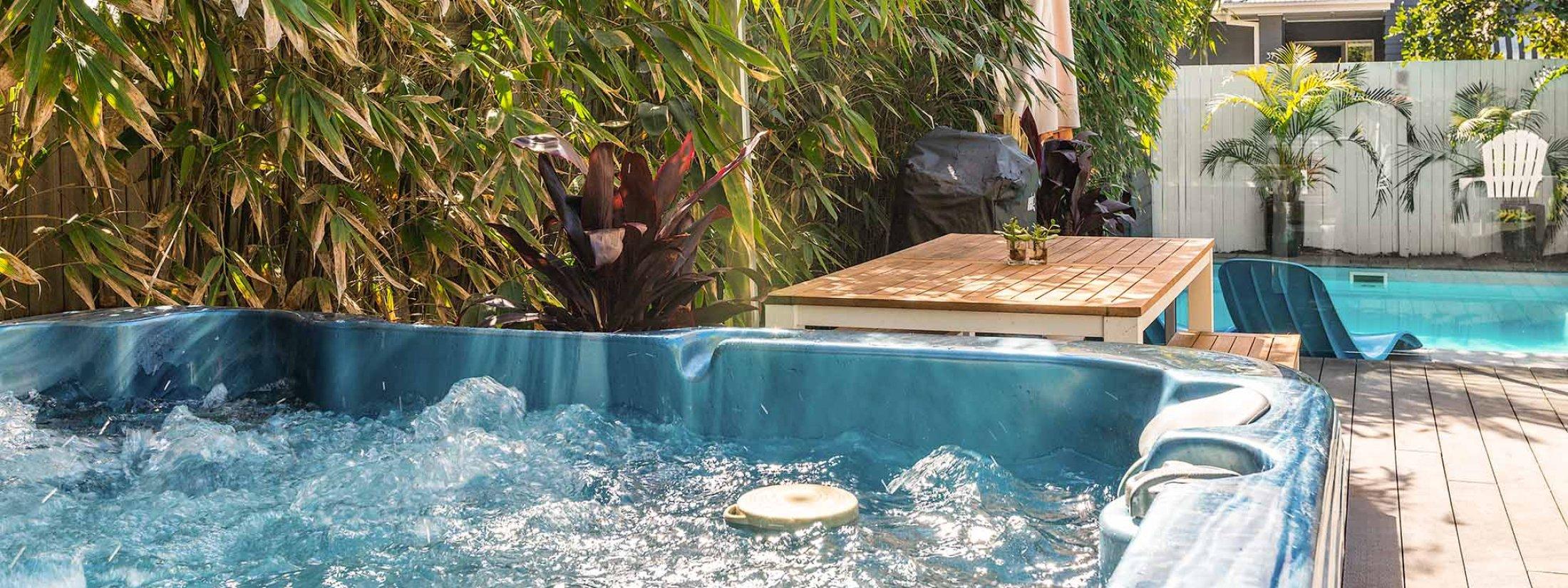 Aaloka Bay - Byron Bay - Spa and pool