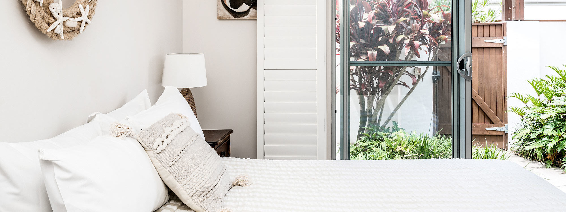 At Driftaway - Byron Bay - Bedroom downstairs b