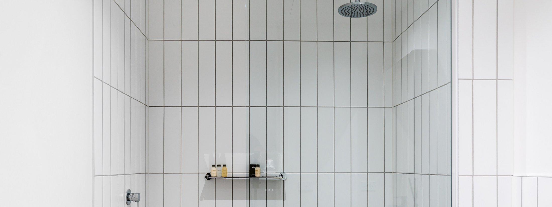 Axel Apartments - The Lawson - Glen Iris - Bathroom Shared.jpg