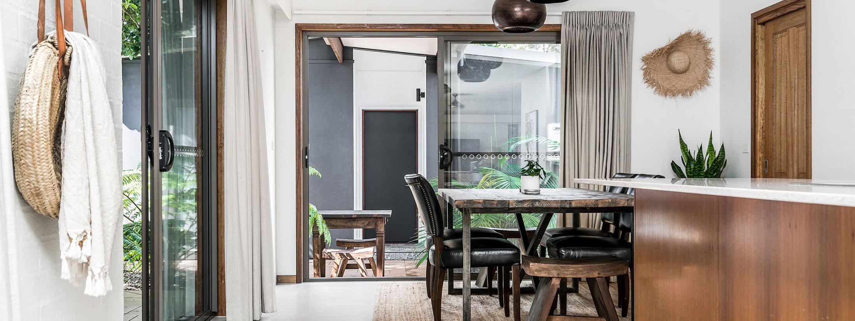 Bahari - Byron Bay - Kitchen and Dining