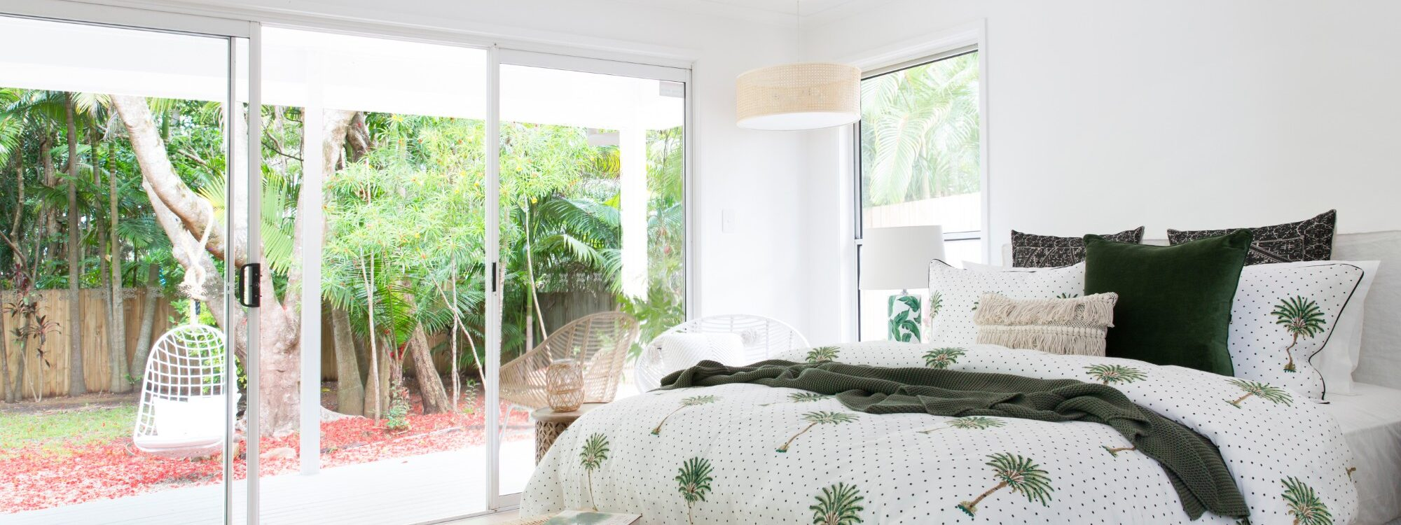 Barrel and Branch - Byron Bay - studio queen bedroom