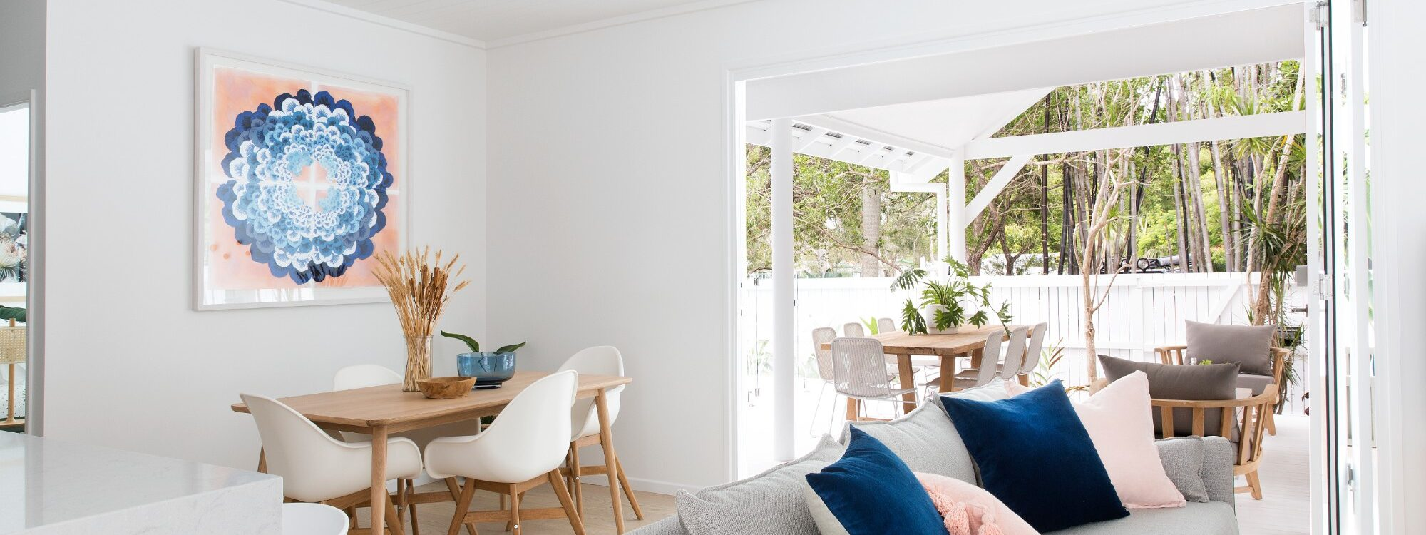 Barrel and Branch - Byron Bay - lounge room